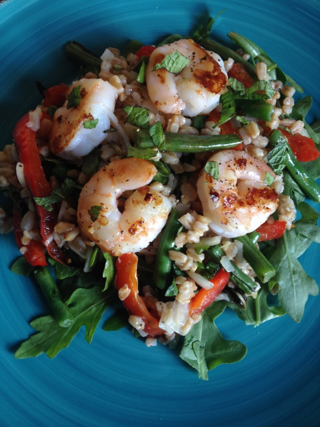 Warm Farro Shrimp Bowl with green beans, red pepper, arugula & shallot citronette