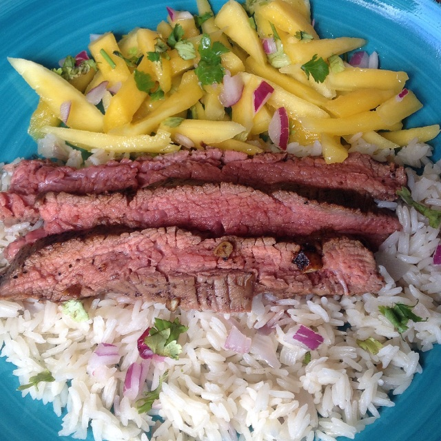 Steak with mango slaw & cilantro rice