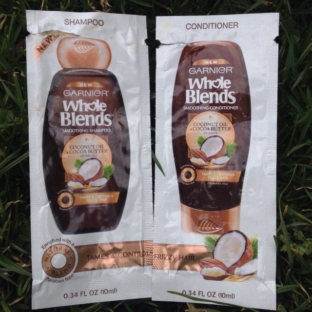 Garnier Whole Blends Coconut Oil & Cocoa Butter