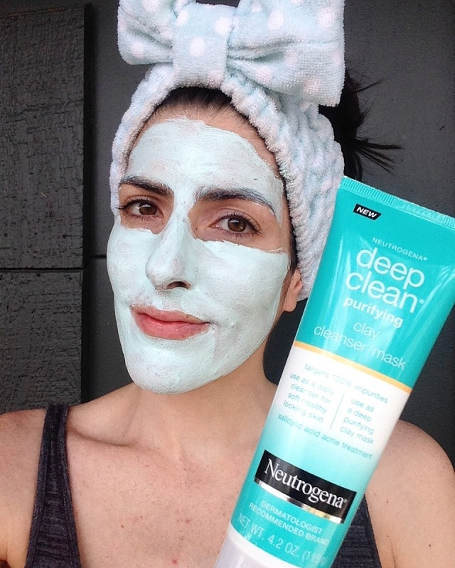 Neutrogena Deep Clean Clay Cleanser