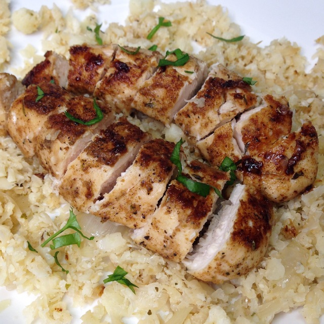 Chicken with cauliflower rice